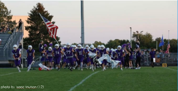The+SHS+Football+team+takes+the+field+prior+to+a+competition+with+Baraboo.