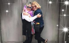 Ms. Ross poses with her mom at an Elton John concert in Milwaukee