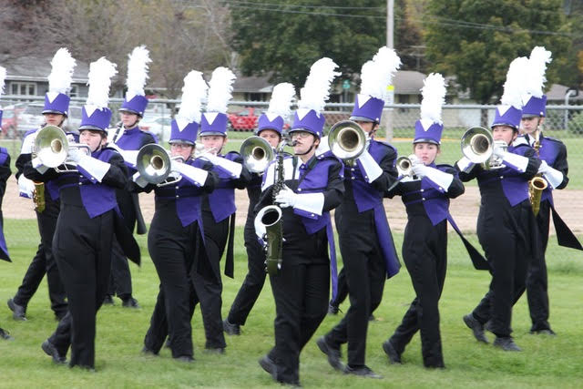 Viking+Marching+band+warms+up+before+performing+their+2019+field+show